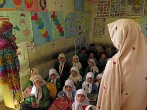 La escolarización es necesaria en esta zona norte de Pakistán. FOTO: Mondragon Unibertsitatea