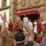 Representación del juicio a Pilato. FOTO: viacrucisbalmaseda.com