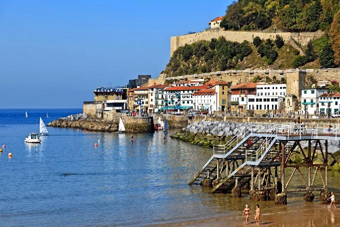 Nace 'Bilbao Pocket', una revista que servirá de guía de ocio y turismo para quienes visiten la ciudad
