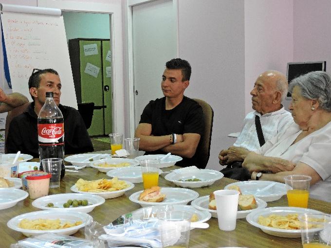 Los integrantes prepararán platos típicos, recibirán formación sobre el país de origen y la cultura del colectivo inmigrante.