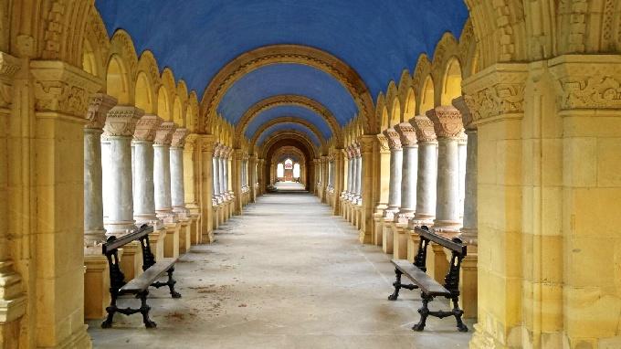 Galería que podrá usarse en el Cementerio de Derio.