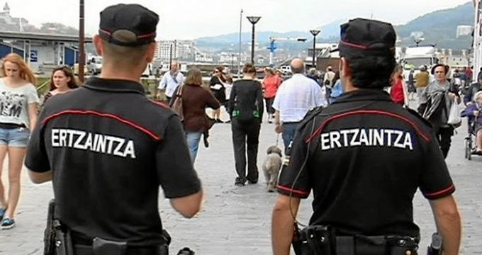 Detenido un hombre en Getxo tras ser sorprendido robando en un local hostelero de las Arenas