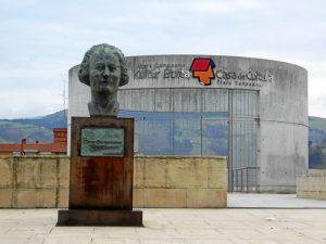 Centro cívico Clara Campoamor.