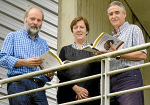 Xabier Orue-Etxebarria, Estibaliz Apellaniz Ingunza y Pedro Pablo Gil-Crepo, editores de la obra.