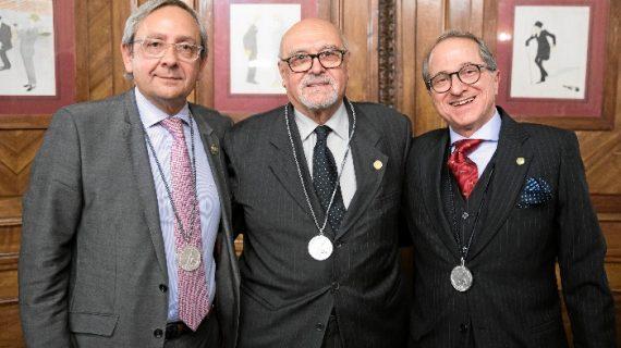 El prof. Àlvar Net recibe la medalla de honor de la academia de ciencias médicas de Bilbao