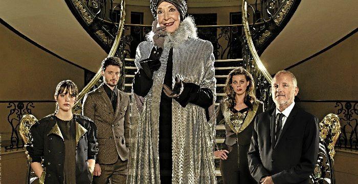 El Teatro Arriaga acoge la obra 'El Funeral' interpretada por la actriz Concha Velasco y el actor catalán Jordi Rebellón.